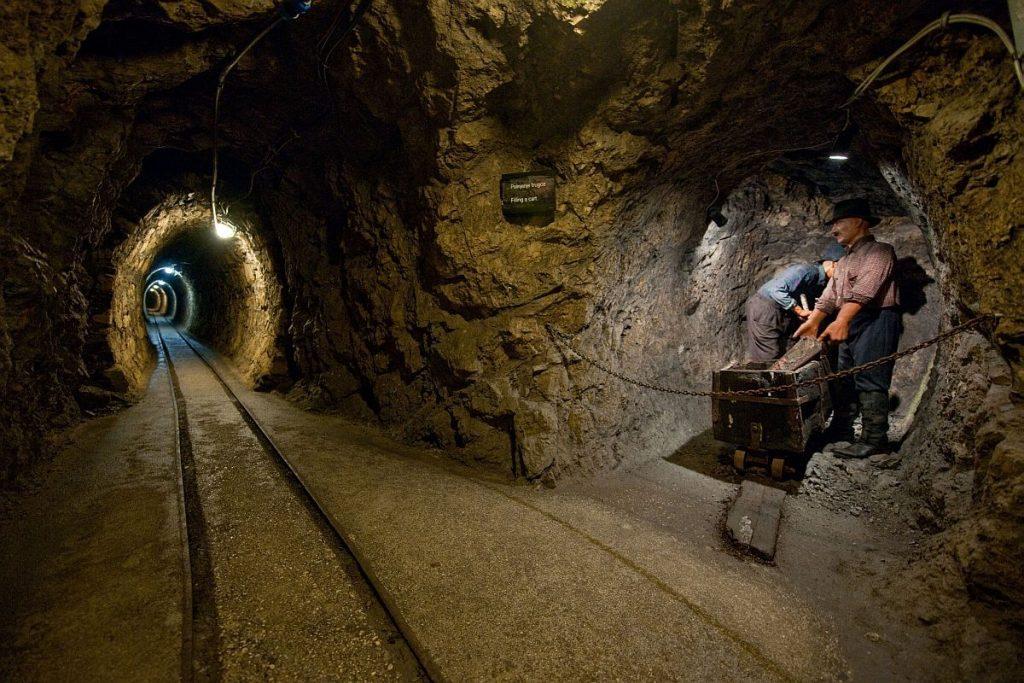 Mercury mines